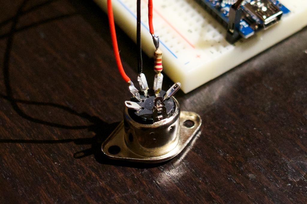 MIDI jack cabling